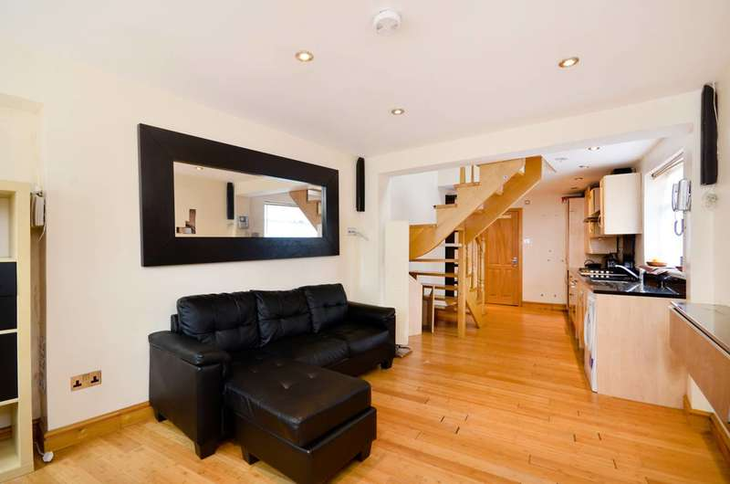2 Bedrooms House for sale in Lynmouth Gardens, Perivale, UB6