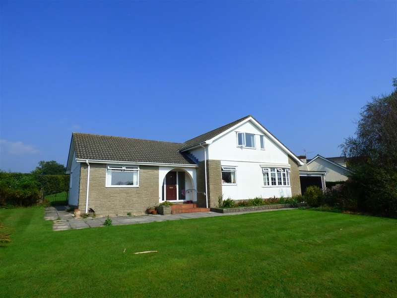 4 Bedrooms Detached House for sale in Castle Rise, Llanvaches, Chepstow