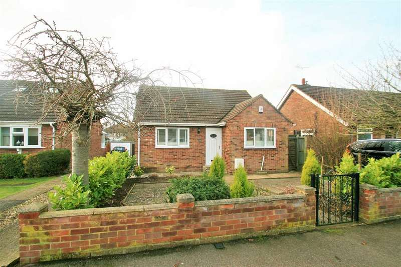 2 Bedrooms Bungalow for sale in Shakespeare Road, Lexden, Colchester
