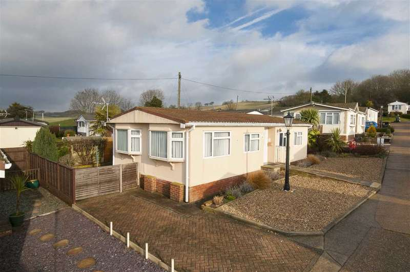 2 Bedrooms Park Home Mobile Home for sale in Yew Tree Park Homes, Charing