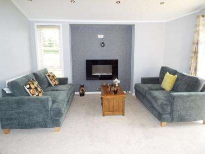 2 Bedrooms Mobile Home for sale in Tydd St. Giles, Wisbech, Cambridgeshire