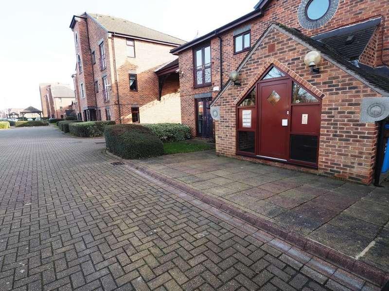 1 Bedroom Apartment Flat for sale in Kingston Wharf, Kingston Street, Hull, HU1 2ES