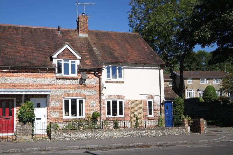 2 Bedrooms Cottage House for sale in Bull Close, Stratton DT2