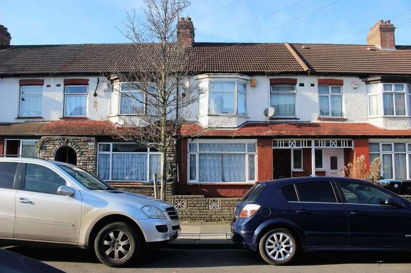 4 Bedrooms Terraced House for sale in Hester Road, London