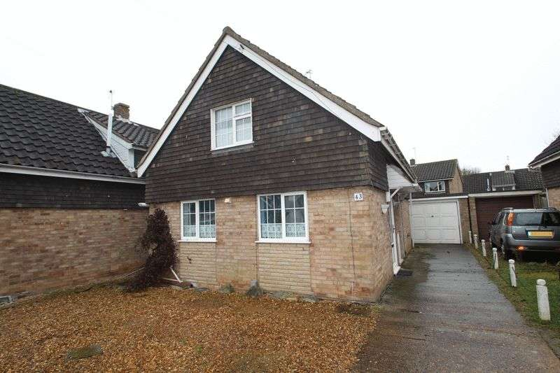 3 Bedrooms Property for sale in the paddocks, Norwich