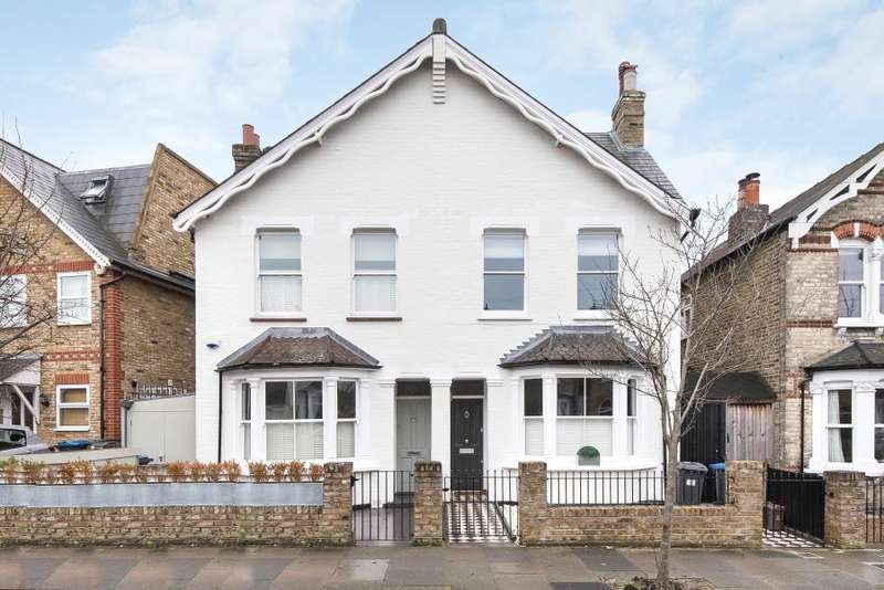 4 Bedrooms Semi Detached House for sale in Glenville Road, Kingston upon Thames KT2