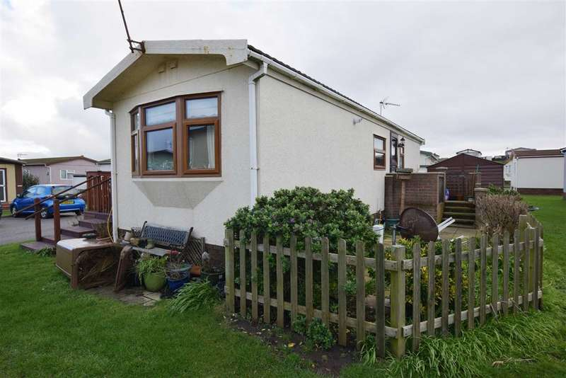 2 Bedrooms Chalet House for sale in West Shore Park, Barrow In Furness, Cumbria