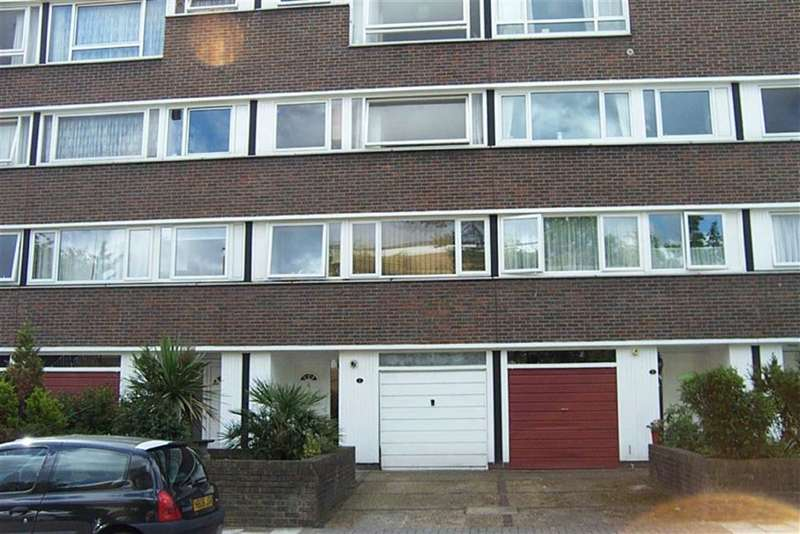 2 Bedrooms Property for sale in Britten Lodge, Fair Acres, Bromley