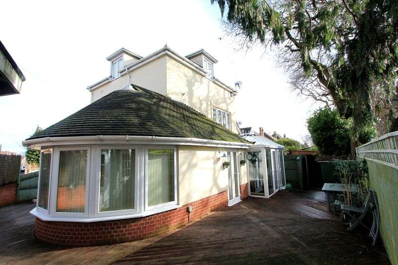 3 Bedrooms Detached House for sale in Kingsbridge Road, Poole