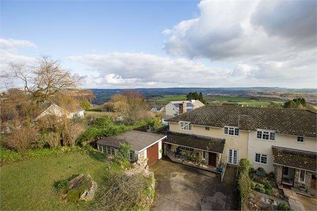4 Bedrooms Semi Detached House for sale in Five Lanes, Hennock, Devon. TQ13 9PX