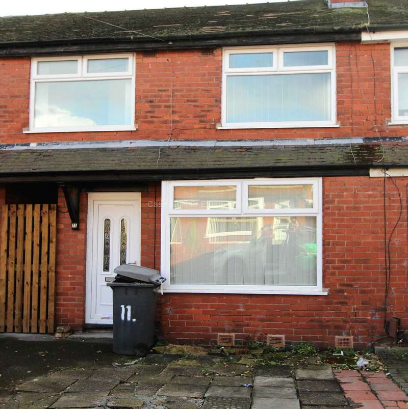 3 Bedrooms Terraced House for sale in Boswell Avenue, Audenshaw