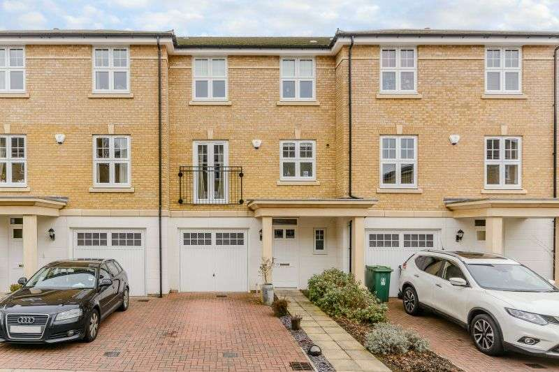 4 Bedrooms Terraced House for sale in Elliot Road, Watford, Hertfordshire, WD17 4DF