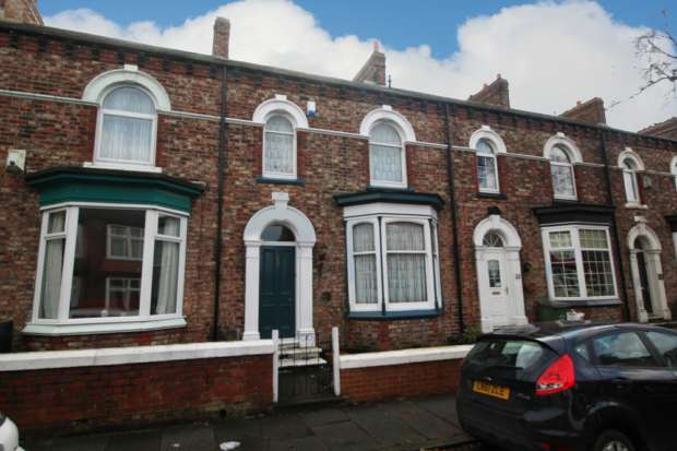 3 Bedrooms Terraced House for sale in Victoria Avenue, Stockton-On-Tees, Cleveland, TS20 2QB