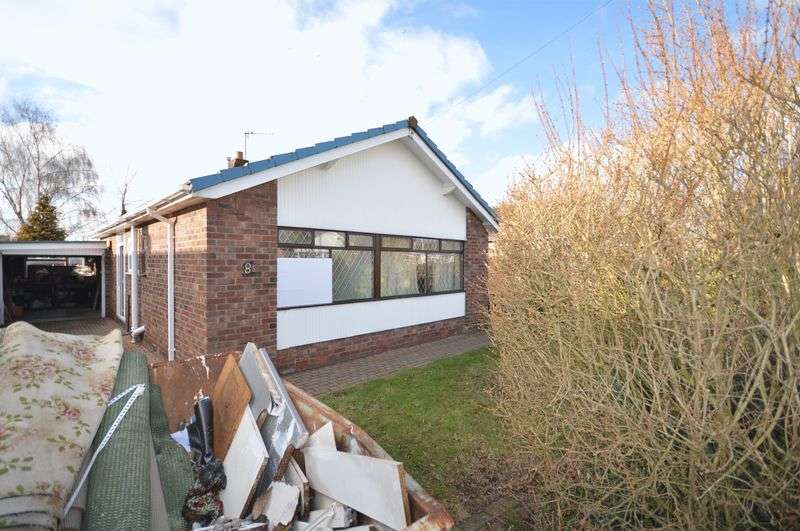 2 Bedrooms Detached Bungalow for sale in Hill View, Widnes