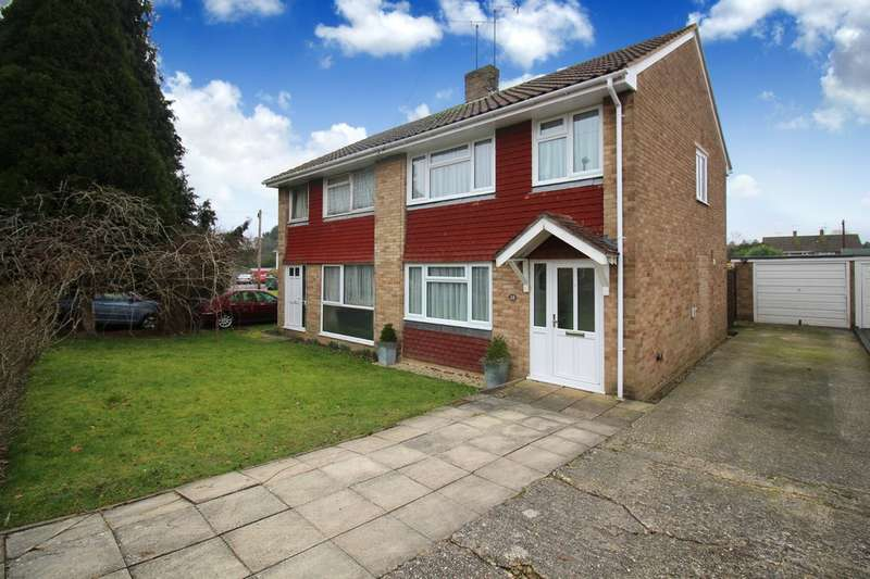3 Bedrooms Semi Detached House for sale in Greenfields Road, Horsham