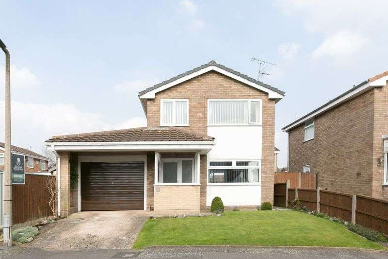 3 Bedrooms Detached House for sale in Woodrow Drive, Newburgh, WN8 7LB