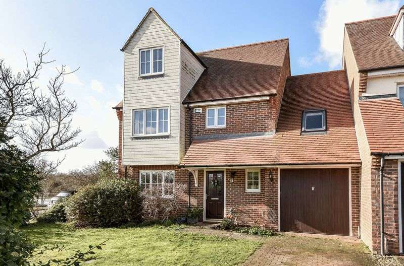 4 Bedrooms Semi Detached House for sale in South Quay, Abingdon
