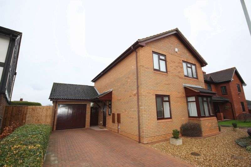 4 Bedrooms Detached House for sale in Whitethorn Drive, Prestbury, Cheltenham