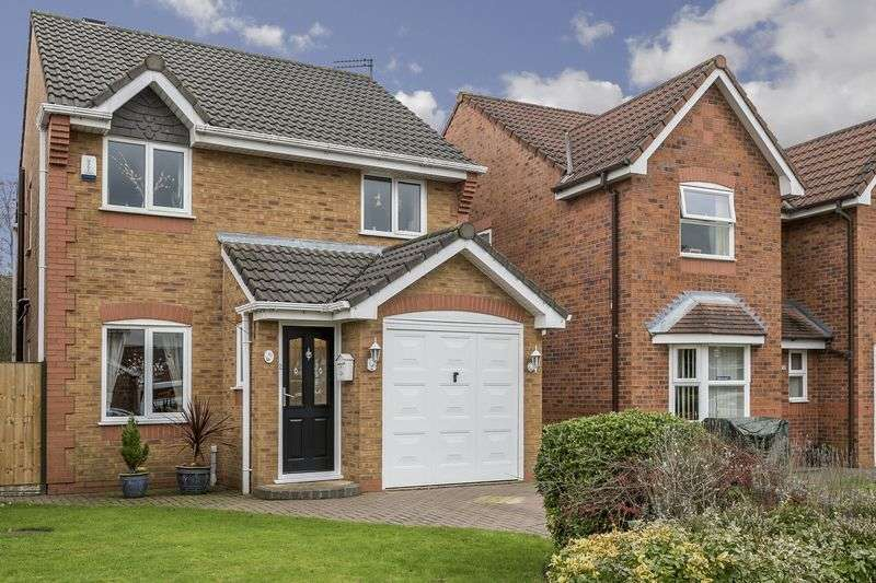 3 Bedrooms Detached House for sale in Satinwood Crescent, Melling