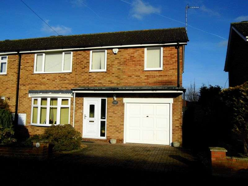 4 Bedrooms Semi Detached House for sale in Anglian Way, MARKET RASEN
