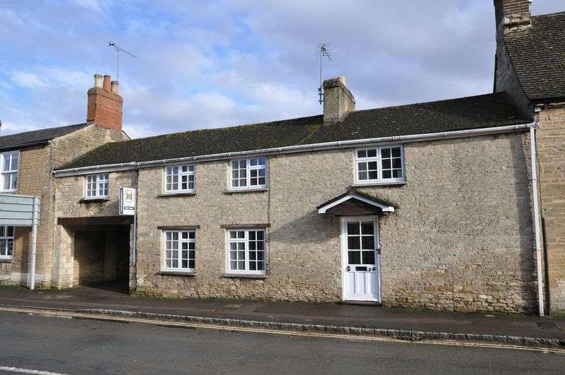 3 Bedrooms Semi Detached House for sale in Broad Street, Bampton