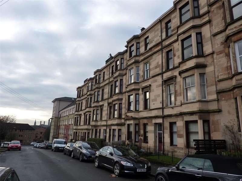 2 Bedrooms Flat for rent in Kirkland Street, North Kelvindale, Glasgow