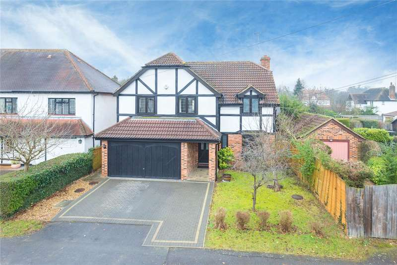 5 Bedrooms Detached House for sale in West Way, Pinner, HA5
