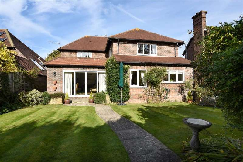 4 Bedrooms Detached House for sale in Fishbourne Road East, Chichester, West Sussex, PO19