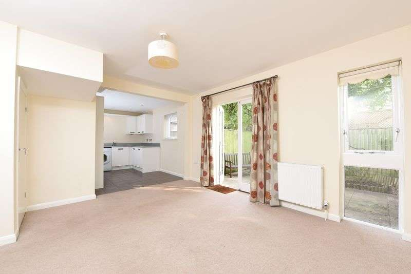 2 Bedrooms Terraced House for sale in FOR SALE BY MODERN METHOD OF AUCTION