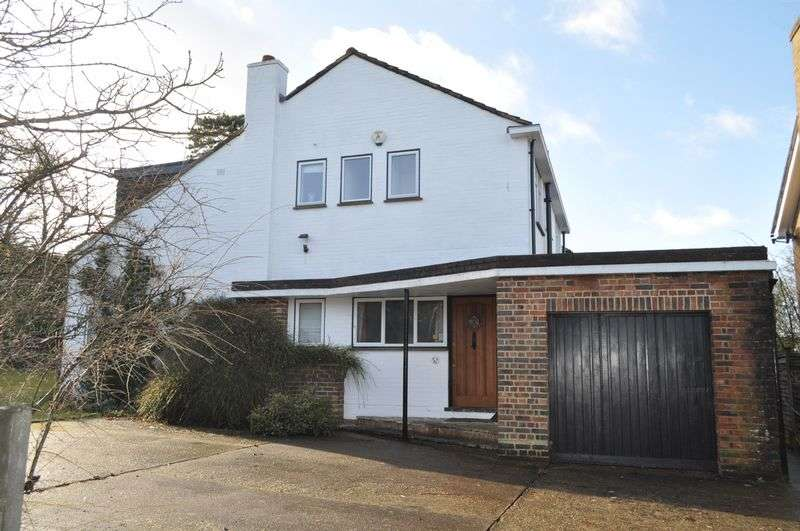 4 Bedrooms Detached House for sale in Old Court, Ashtead