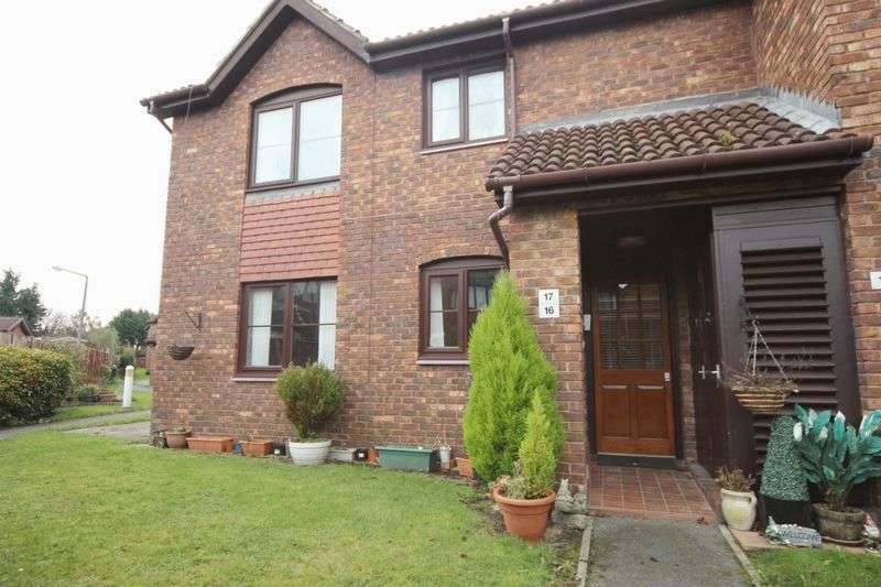2 Bedrooms Flat for sale in Brimstage Road, Heswall, Wirral