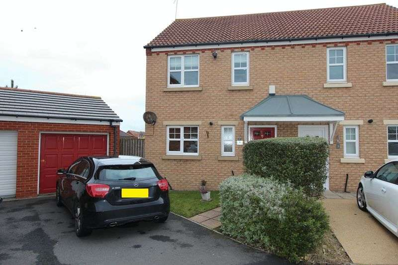 3 Bedrooms Semi Detached House for sale in Goswick Way, Seaham