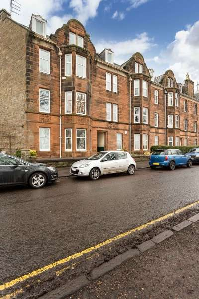 2 Bedrooms Flat for sale in Magdalen Yard Road, Dundee, DD2 1BB
