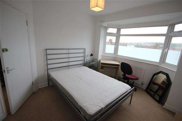6 Bedrooms Property for rent in Widdicombe Way, Brighton