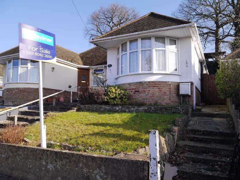 2 Bedrooms Semi Detached Bungalow for sale in Gainsford Road, Bitterne