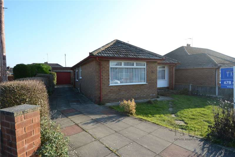 3 Bedrooms Detached Bungalow for sale in Grampian Avenue, Moreton, Wirral