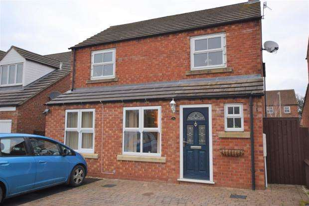 4 Bedrooms Detached House for sale in Brigantia Gardens, Crossgates, Scarborough, North Yorkshire, YO12 4LH