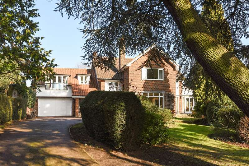 5 Bedrooms Detached House for sale in Albion Hill, Loughton, Essex, IG10