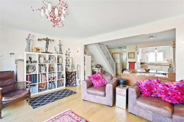 3 Bedrooms End Of Terrace House for sale in Staveley Gardens, Chiswick, London