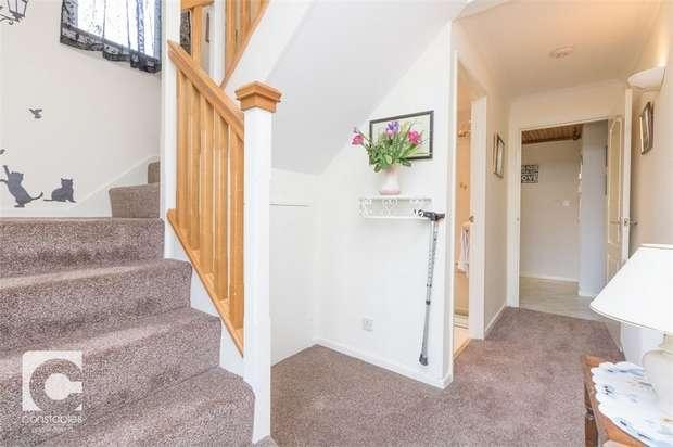 3 Bedrooms Semi Detached House for sale in Rockfarm Close, Little Neston, Neston, Cheshire