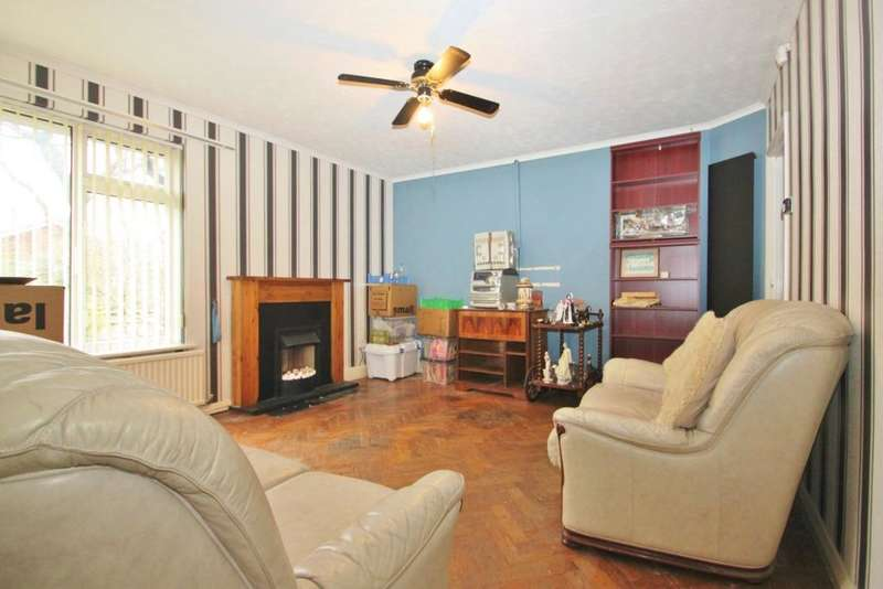 2 Bedrooms Bungalow for sale in Willow Walk, Meopham, DA13