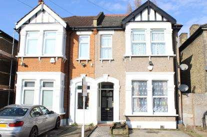 2 Bedrooms Flat for sale in Ilford, Essex