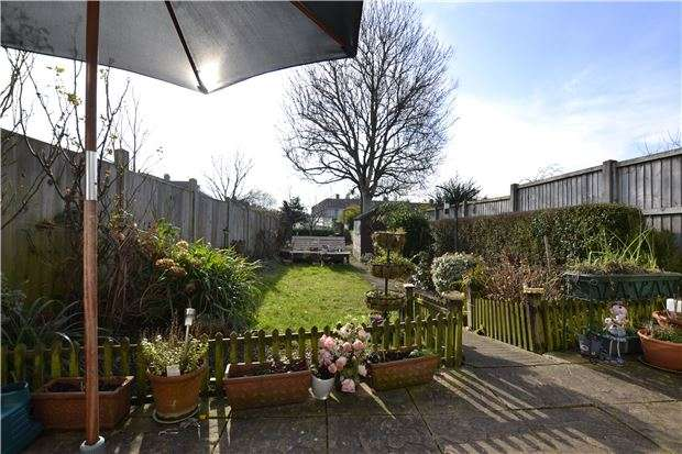 3 Bedrooms Terraced House for sale in Greenfield Road, Bristol, BS10 5NA