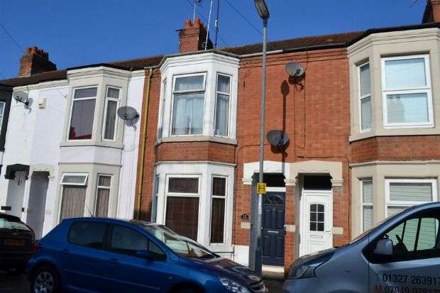 3 Bedrooms Terraced House for sale in Euston Road, Far Cotton, Northampton NN4 8DT