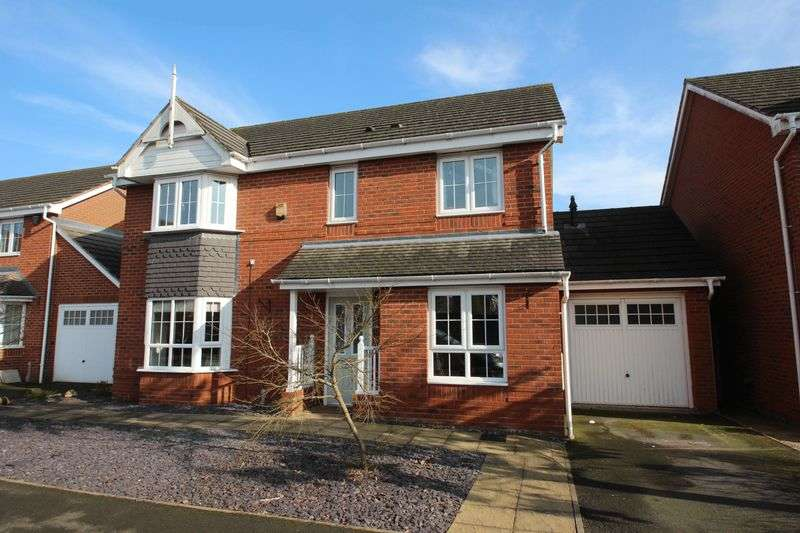 4 Bedrooms Detached House for sale in Yeomans Close, Astwood Bank.