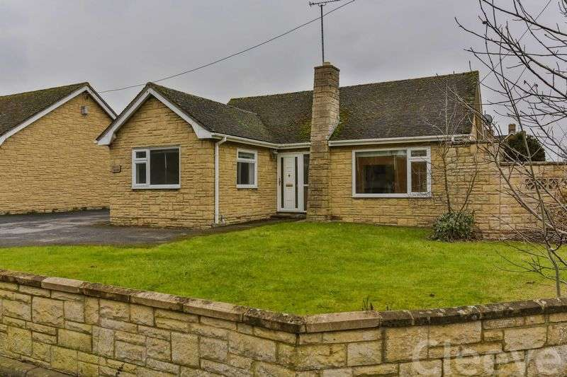 4 Bedrooms Detached Bungalow for sale in Evesham Road, Cheltenham