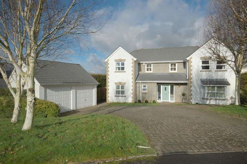 4 Bedrooms Detached House for sale in 15 Vale Court, Cowbridge, Vale of Glamorgan, CF71 7ES
