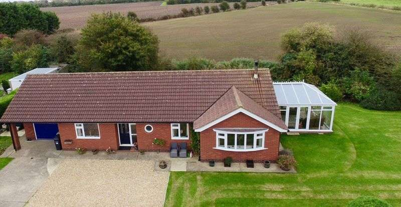 3 Bedrooms Detached Bungalow for sale in Masons Garden, Theddlethorpe