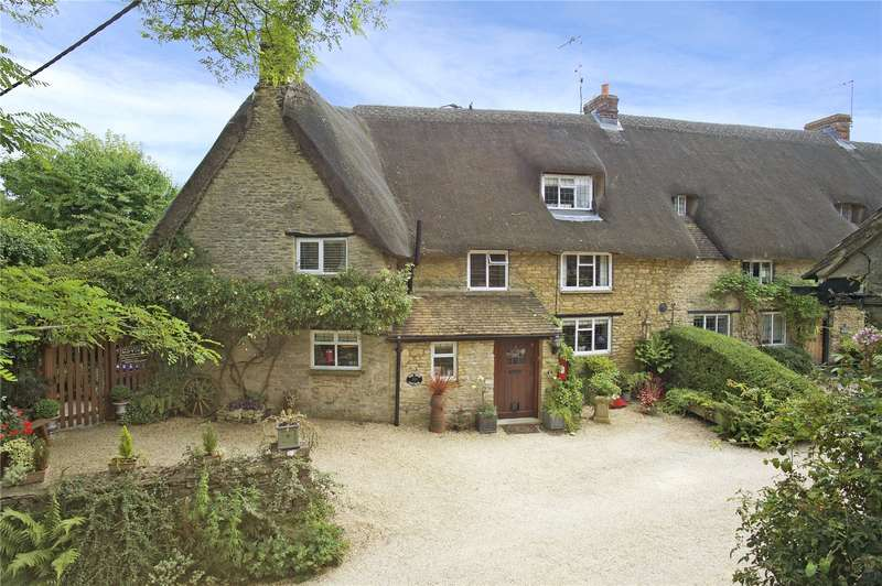 4 Bedrooms Semi Detached House for sale in The Hill, Aynho, OX17