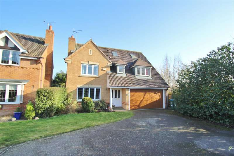 5 Bedrooms Detached House for sale in Embleton Way, Buckingham
